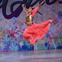 Diana Feng 在Star Quest World Final dance competition won overall 1st